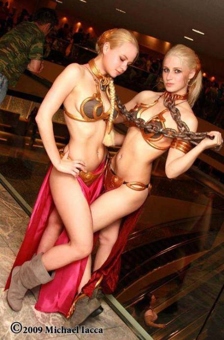 Cosplay_StarWars_leia_slaves