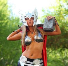 Cosplay_Thor_01